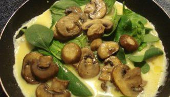 Omleta cu ciuperci si spanac