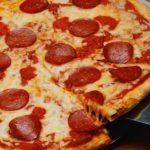 Reţetă pizza. Cum faci cea mai bună pizza acasă